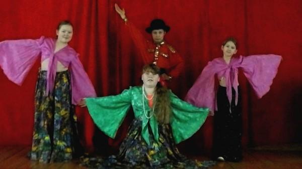 танцевальный кружок Раздолье